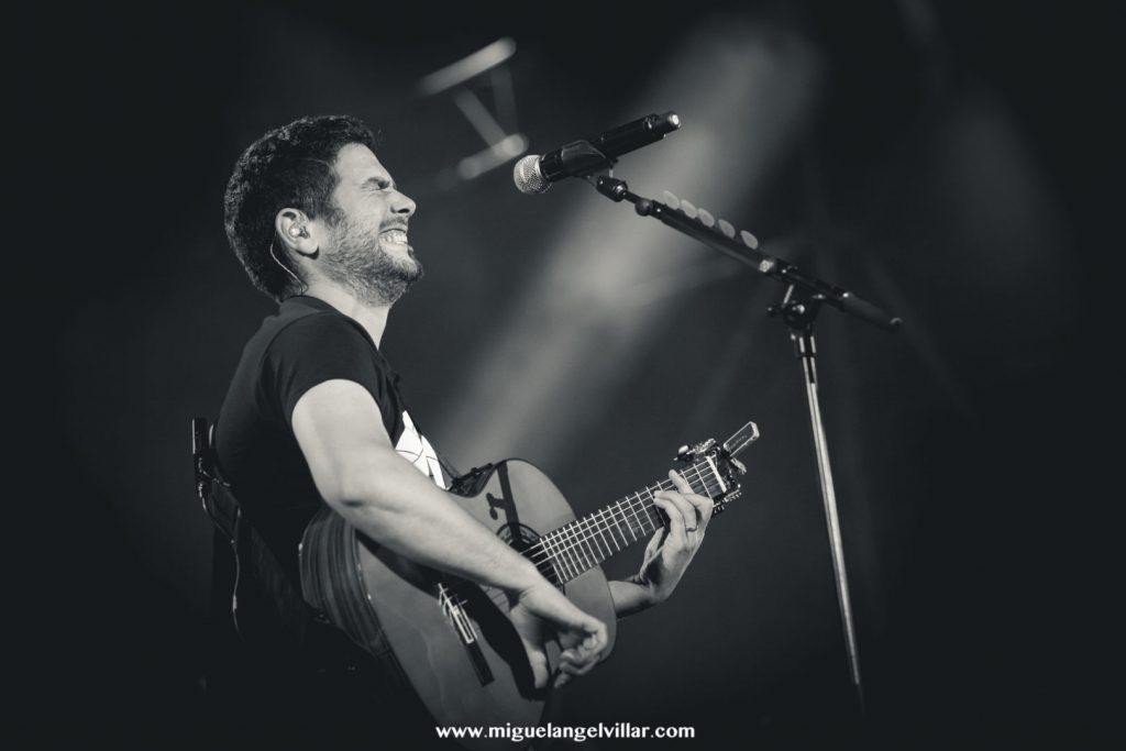 Estopa Guitarra Blanco y Negro